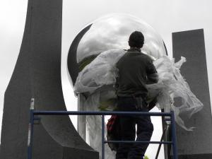 Installation of the Cosmic Egg