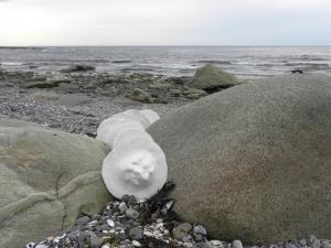SEA DISCS, ceramic, Baie-des-Sables, Québec, Canada - 2015