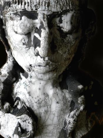 Detail ceramic raku